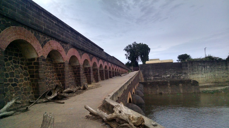 Oldest_Dowlaiswaram_Dam_constructed_By