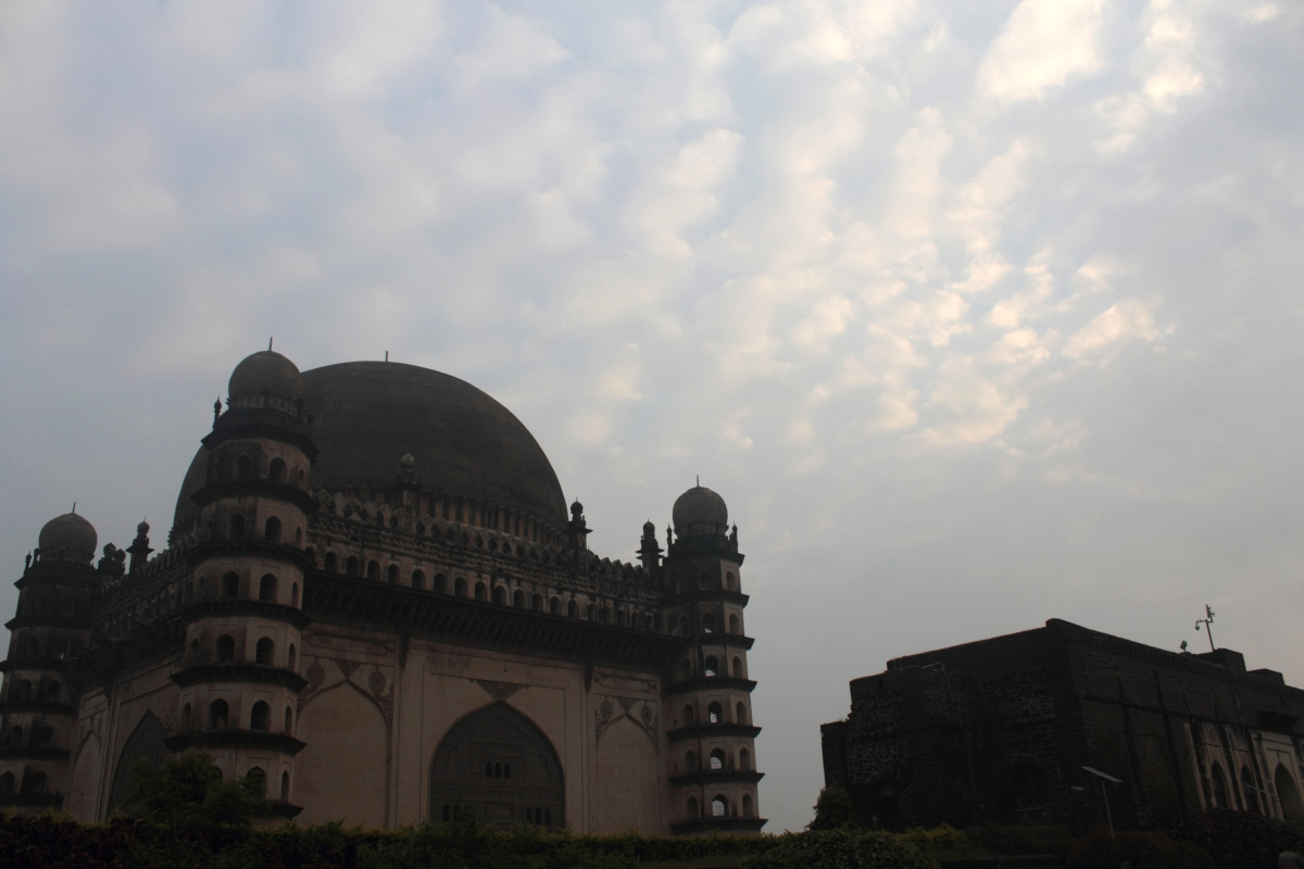 Gol Gumbaz – The Triumph of Deccani Architecture
