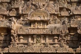 brihadeeswara-gangaikondacholapuram3
