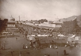 21-Street view of Jaipur, 1895, BritishLibrary