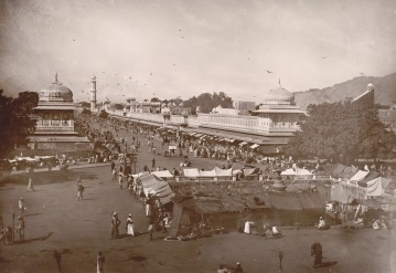 21-Street view of Jaipur, 1895, BritishLibrary