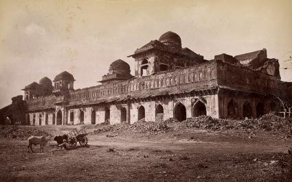 9-Jahaz Mahal, Mandu, 1882, Bri-libary