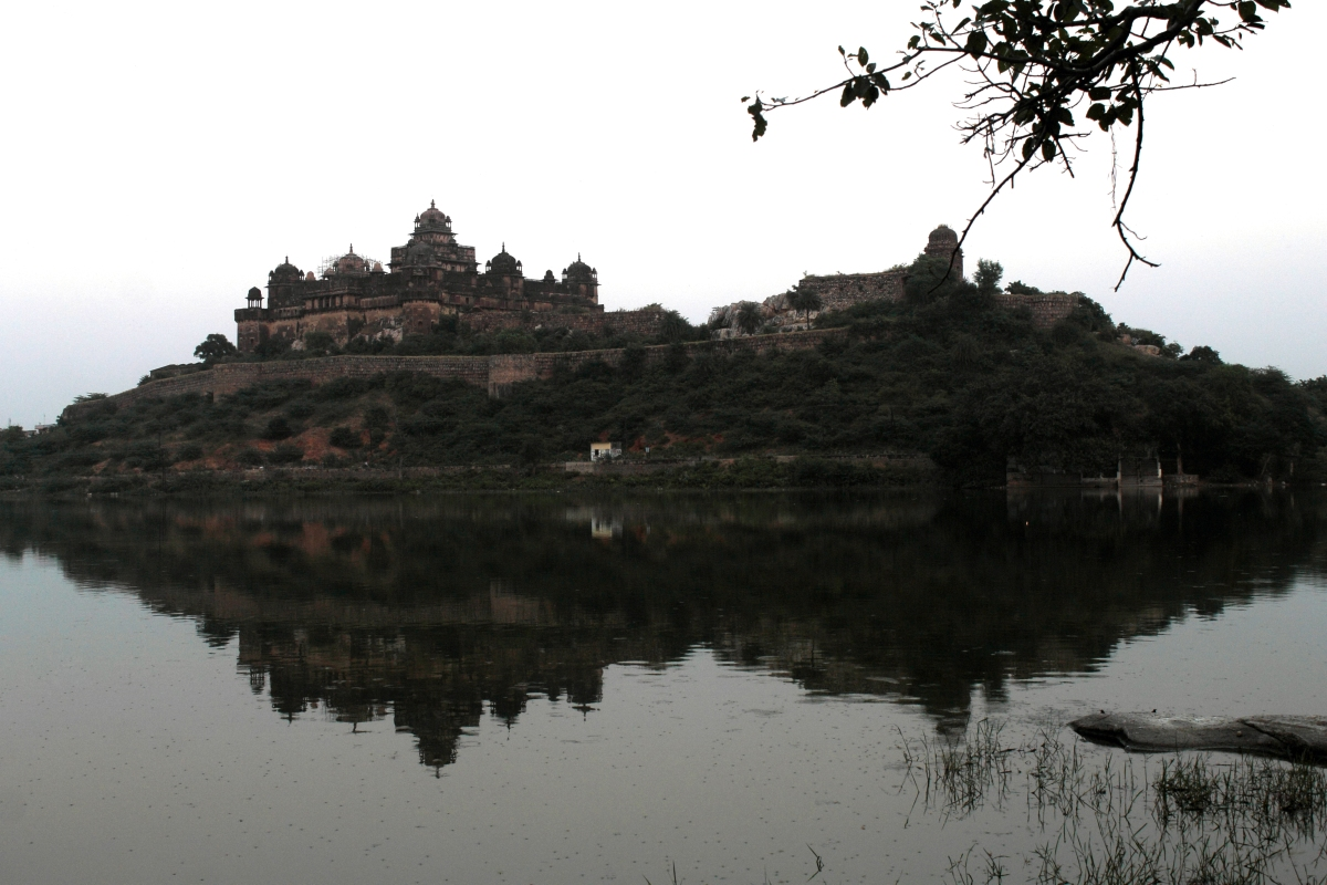 Datia Palace – Of Friendship, Mystery and Inspiration